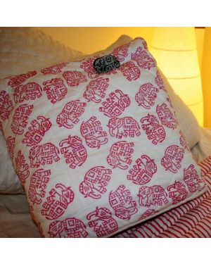 Pink Elephants Quillow